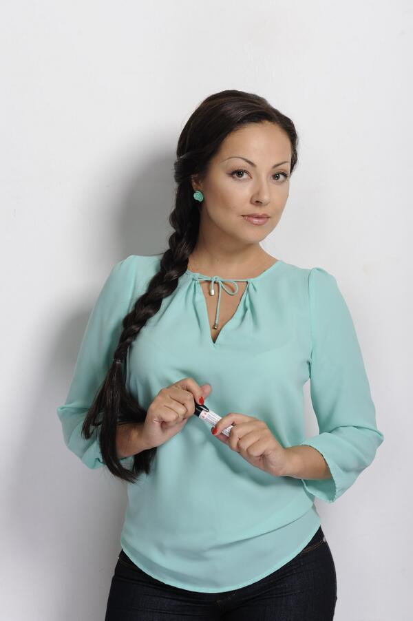 Голые телеведущие в казахстане фото фото 310-12