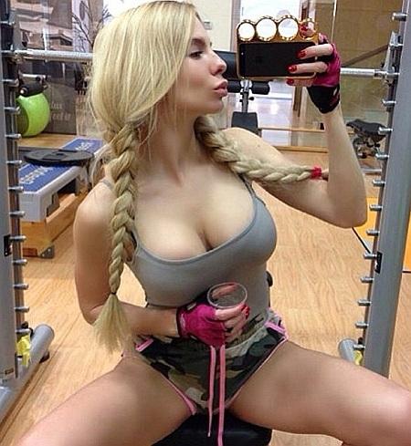 Сексуальные блондинки из социальных сетей