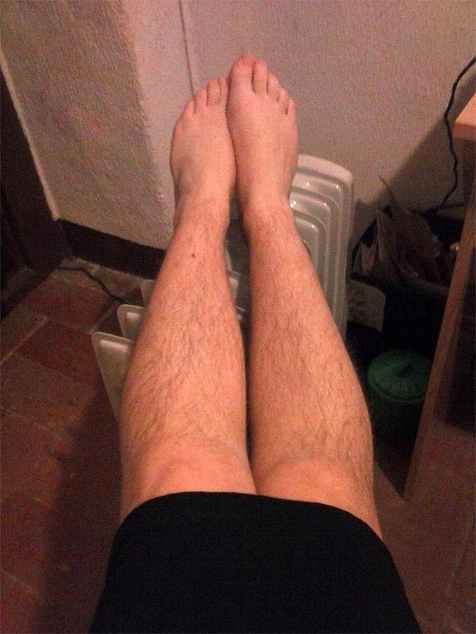 фото очень волосатых женских ног