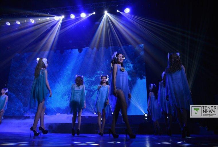Танцевальный конкурс. Фото Турар Казангапов ©