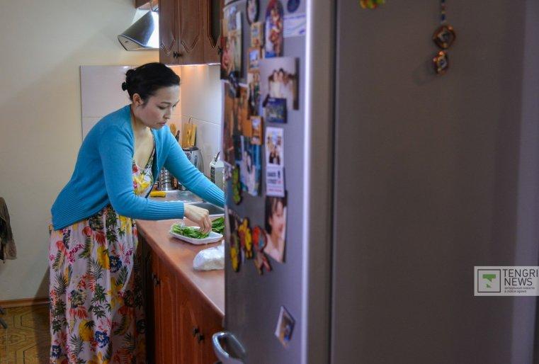Близкие за ее увлечением наблюдали не без интереса. Отец, распробовав еду дочери, поддержал ее в этих начинаниях. И теперь с нетерпением ждет, когда откроется полноценный ресторан.