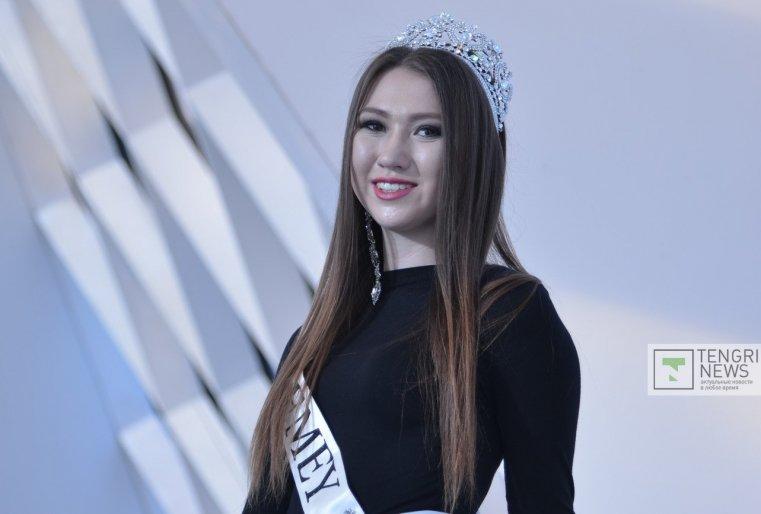 """Мисс Семей""  Жанна Акимова."