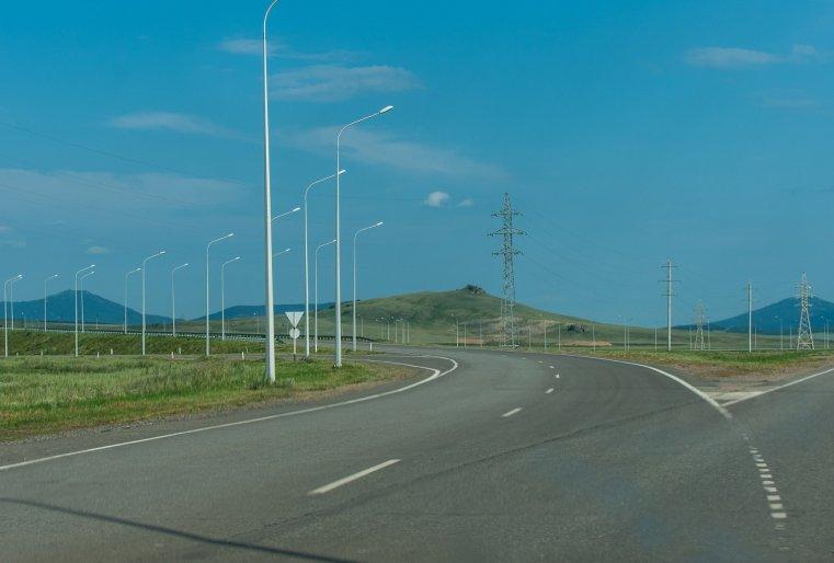 Поселок Кенесары, где живет семья Кабылбаевых, многие считают райским местечком.