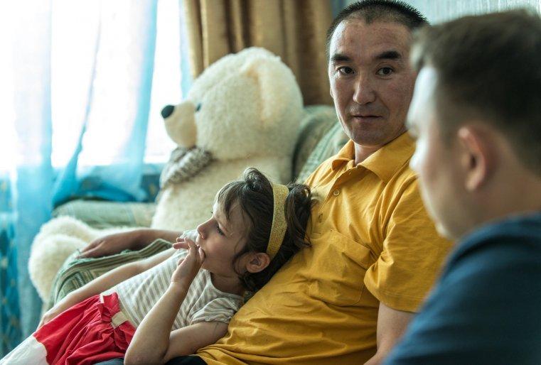 Несмотря на то, что часть приемных детей Мурата метисы, все они сейчас владеют казахским языком.