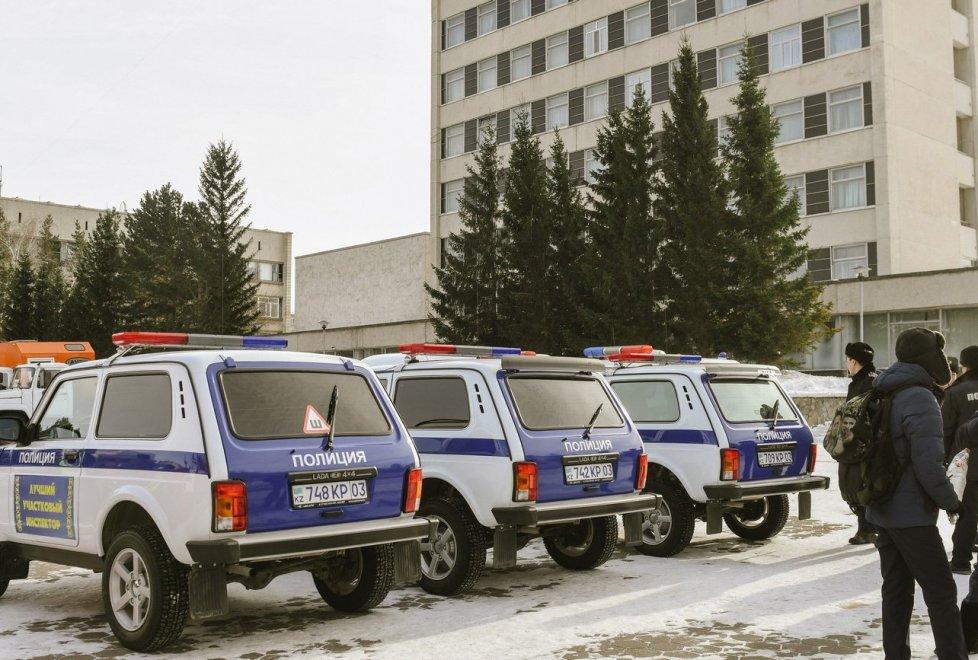 <p>Сюда же были стянуты полиция и другие службы города.</p>