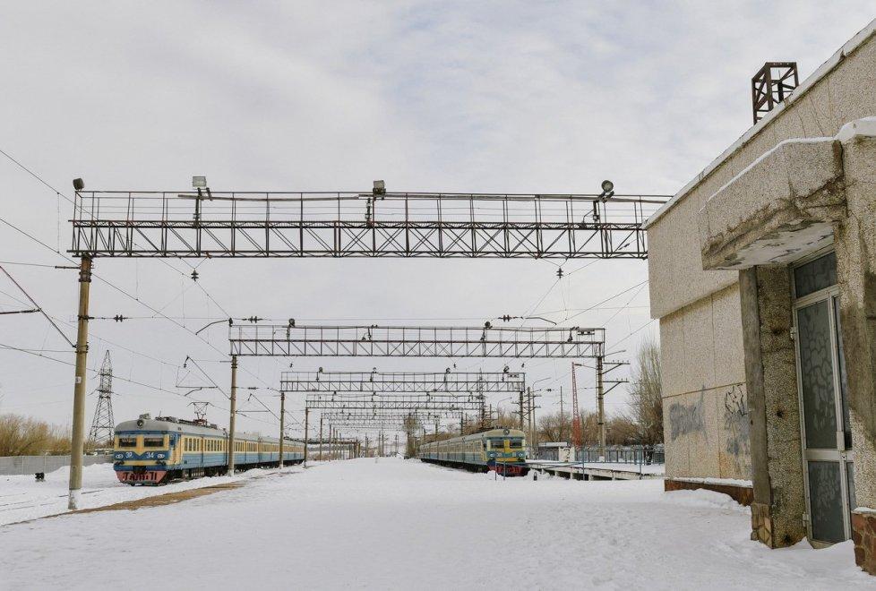 """<p>Любопытно, что в расписании поездов присутствует станция """"Прогресс"""" - советское предприятие, на базе которого работала Степногорская научная опытно-промышленная база, где велись разработка и производство бактериологического оружия.</p>"""