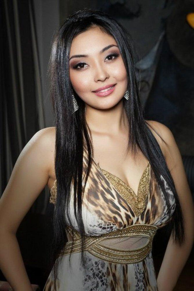 Казахстанские красивые девушки фотографии