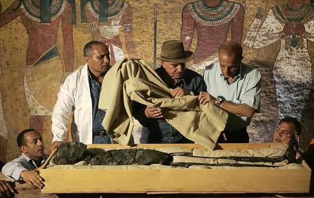 Конец легенды: ученые ненашли потайных комнат вгробнице Тутанхамона