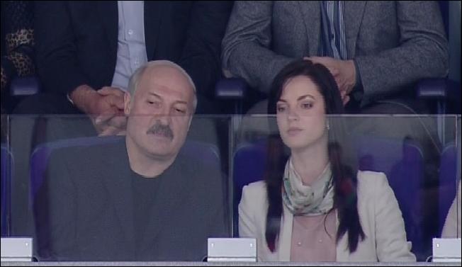 Лукашенко появился на публике в компании загадочной брюнетки