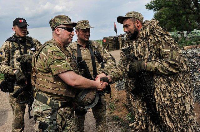 Война закончится, когда возьмем Москву - Турчинов