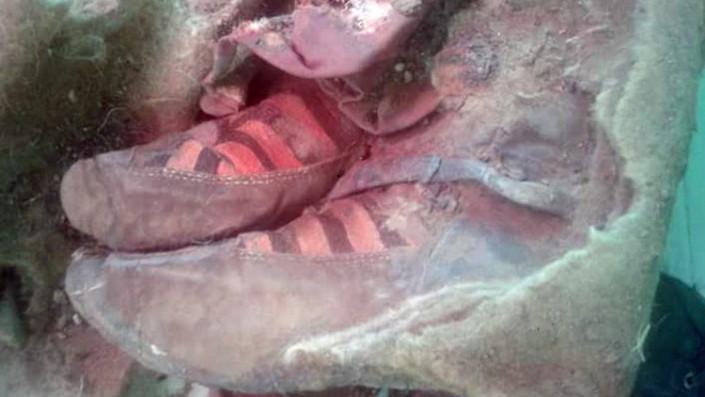 Мумия в обуви «Adidas»