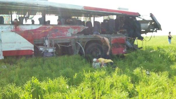 Шесть человек погибли в жуткой аварии в Костанайской области