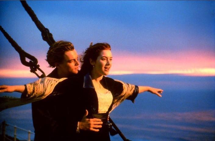Полуобнаженных Ди Каприо и Кейт Уинслет застали на вилле