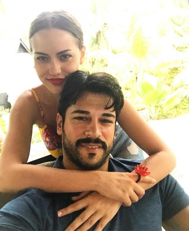 Самая красивая пара турецкого кино отправилась во второй медовый месяц
