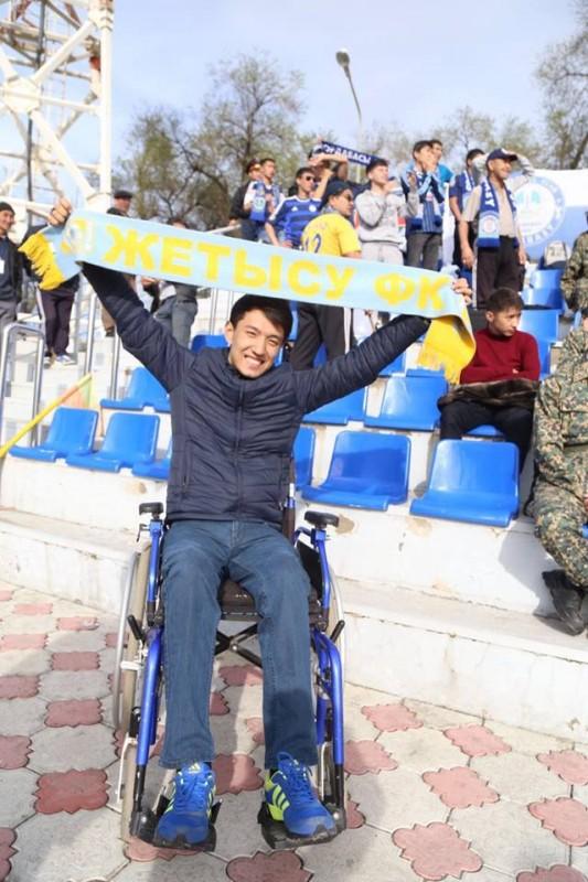24-летний талдыкорганец, переживший страшную аварию, открыл пансионат на Алаколе