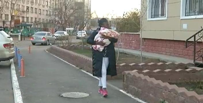 Девушка согласна на любую работу подиум бутик москва