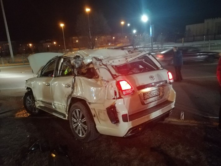 Экс-полицейского на Land Cruiser лишили прав на 6 месяцев за ДТП на Аль-Фараби