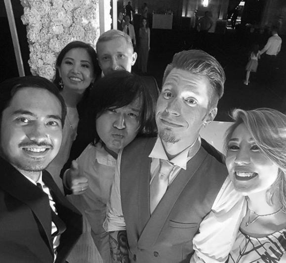Санжар Мади опубликовал фото и видео со свадьбы Никиты Преснякова