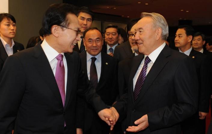 Назарбаев встретился спрезидентом Южной Кореи