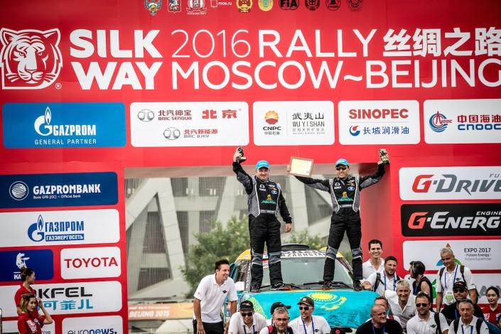 """Казахстанские гонщики финишировали в первой десятке на ралли """"Шелковый путь"""""""