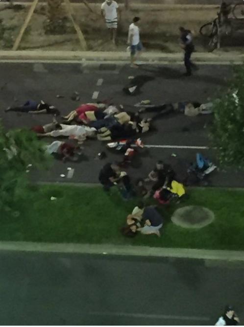 Теракт в Ницце: жертвами стали десятки человек