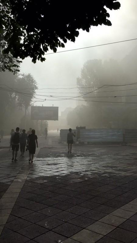 На Арбате в Алматы горело здание с ресторанами