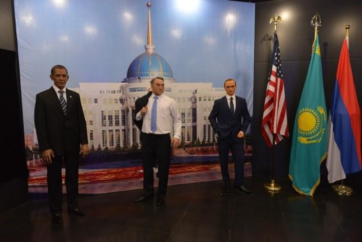 Восковые Назарбаев, Путин и Обама собрались в Астане