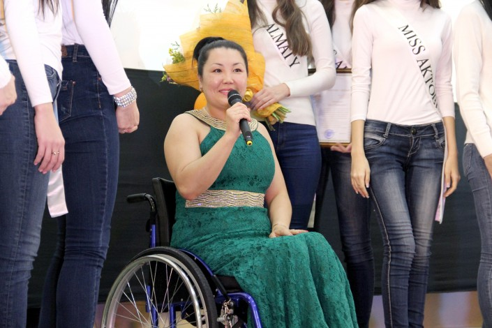 Девушки из казахстана откровенное фото бесплатно
