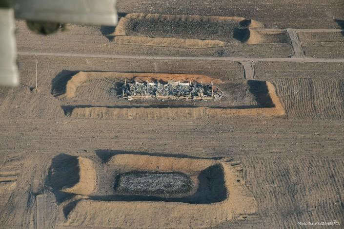 Первые фото Арыси с воздуха: на месте складов остались одни воронки
