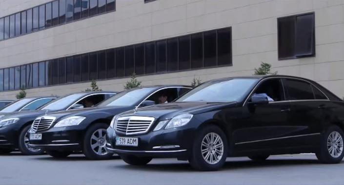Автохозяйство Управделами Президента готово предоставить VIP-кортеж всем желающим. ВИДЕО, фото-1