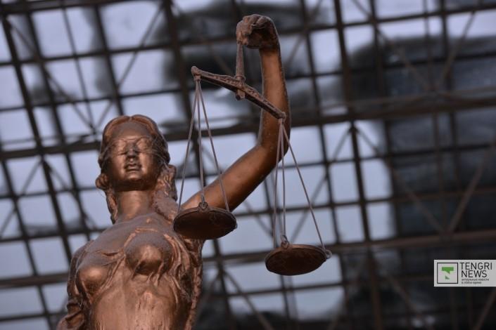 Присяжные будут рассматривать больше дел в Казахстане