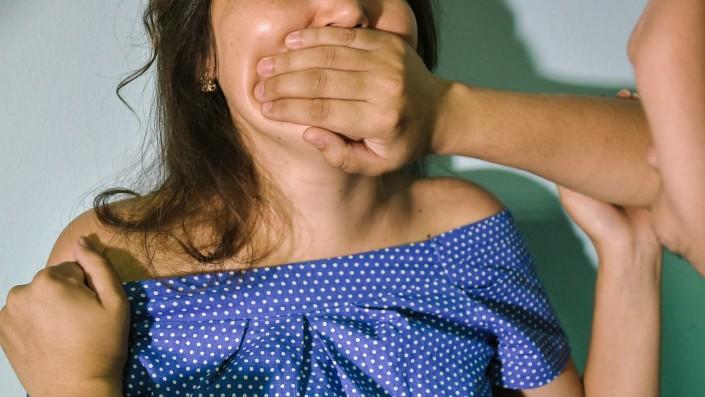 799 фактов изнасилования зарегистрировано в Казахстане с начала года