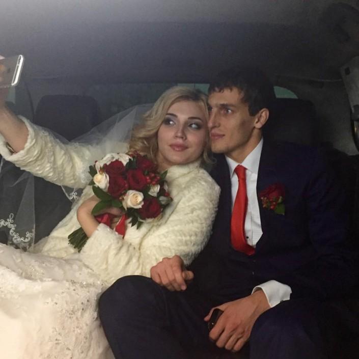 "Капитан ""Актобе"" и защитник сборной Казахстана Юрий Логвиненко женился"