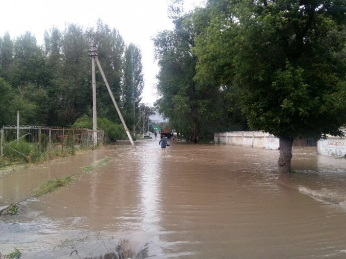 Слухи об угрозе переполнения водохранилища вблизи Жамбылской области прокомментировали в КЧС
