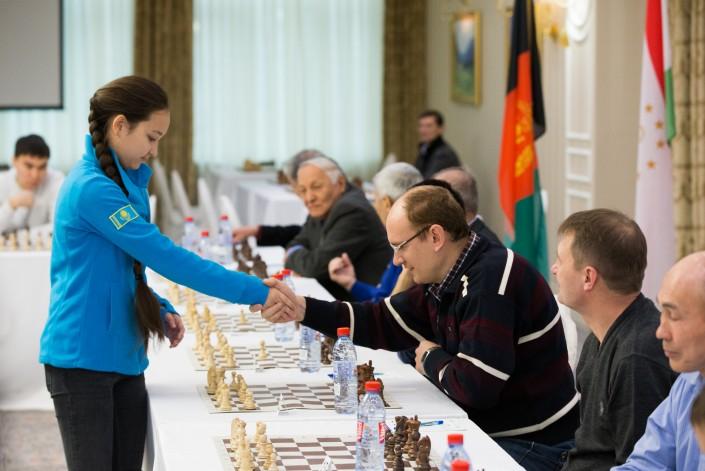Картинки по запросу фото сеанс одновременной игры в шахматы