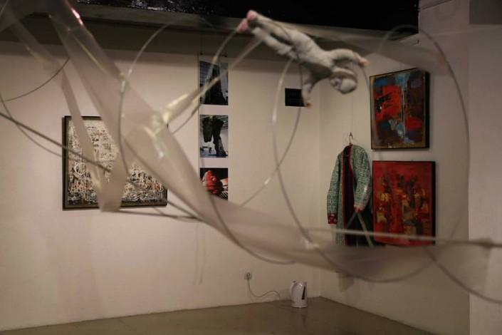 """Сауле Сулейменова является участницей группы """"Зеленый треугольник"""", которая известна своими антисоветскими взглядами и работами."""