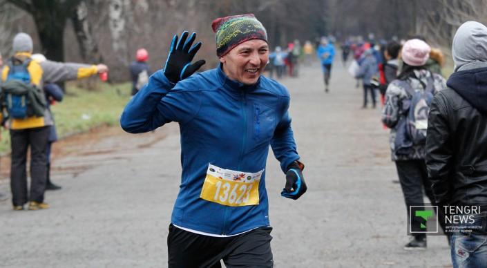 """В Алматы состоялся осенний забег в рамках ежегодного благотворительного """"Алматы-марафона"""""""