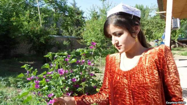 Спор о девственности закончился самоубийством 18-летней невесты в Таджикистане