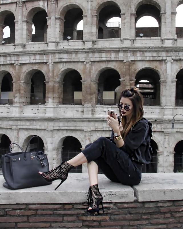 49-летняя бабушка модельной внешности покорила инстаграм