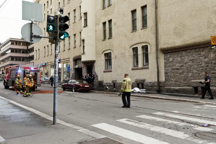 Автомобиль въехал в толпу в Хельсинки