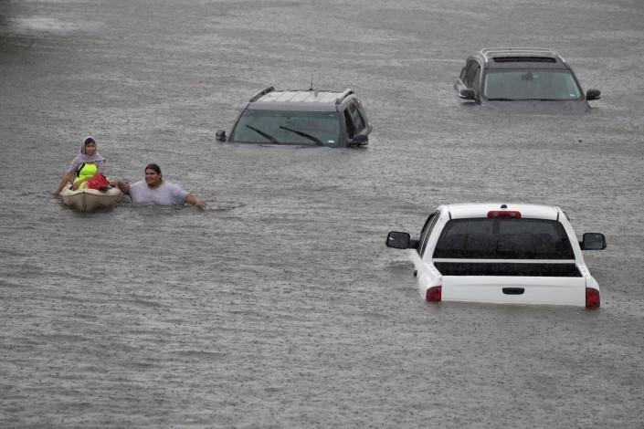 """В 100 миллиардов долларов обойдется Техасу ураган """"Харви"""""""