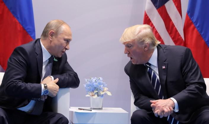 """Трамп попал в """"ловушку Путина"""" - Экс-представитель Госдепа"""