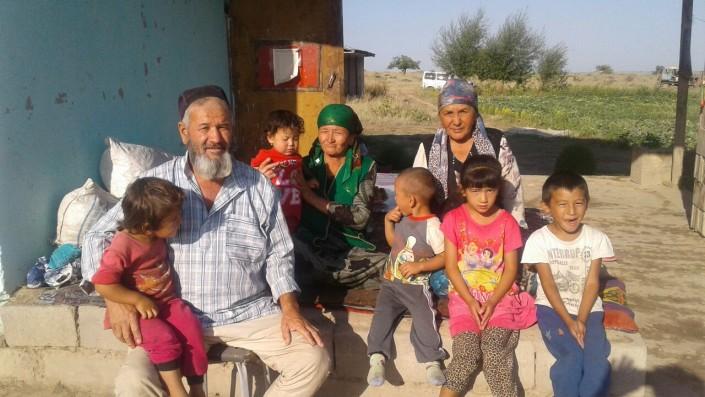 Кыргызстанские гастарбайтеры зарабатывают в РК миллион тенге за сезон