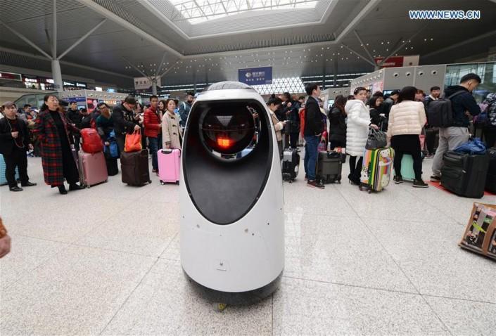 ВКитайской народной республике появился 1-ый вмире робот-патрульный