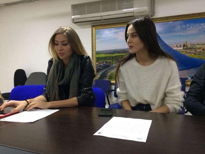 """Участница """"Мисс Хан Шатыр"""" объяснила скандальный прямой эфир"""