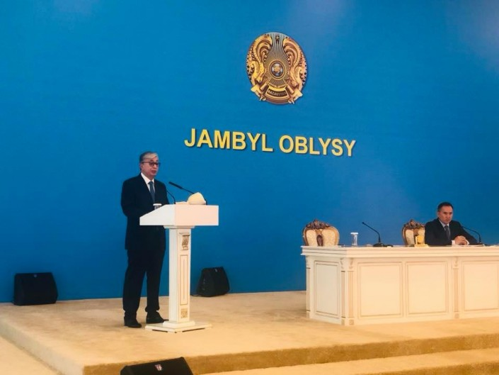 Токаев: Нужно обеспечить жильем медиков