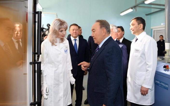 Назарбаев посетил завод в Петропавловске
