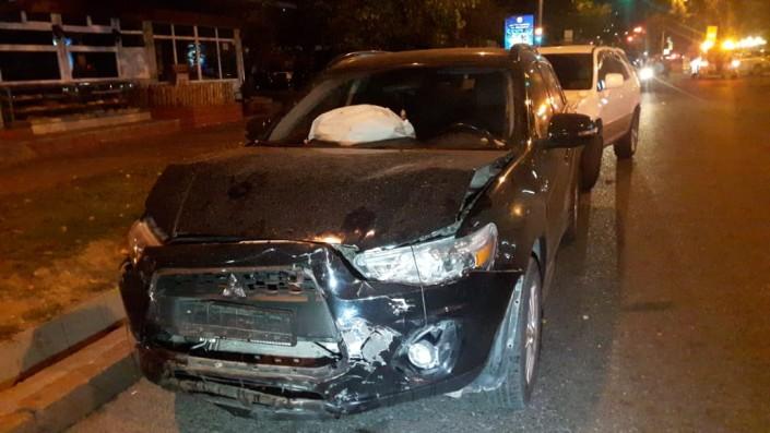 В Алматы пьяного водителя задержали очевидцы крупного ДТП