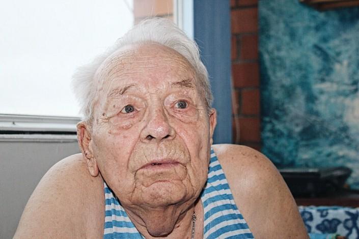 Смотреть пожилых жирных стариков