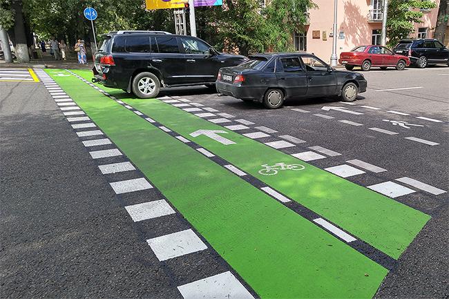 Зеленая разметка появилась на улицах Алматы